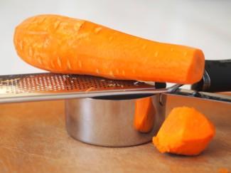 Carrot and Microplane Setup