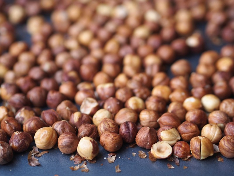 Roasted Hazelnuts for Deconstructed Nutella
