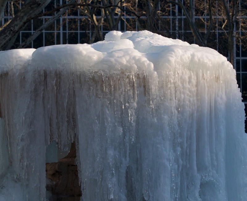 Bryant Park Fountain, Frozen Solid