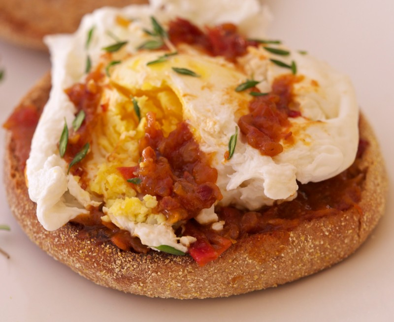 Poached Egg with Tomato-Bacon Jam